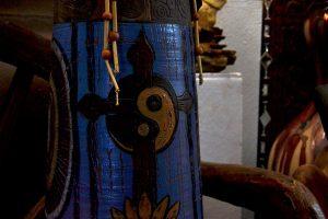 os trabalhos de Luís Pedras denotam influências dos locais por onde passou