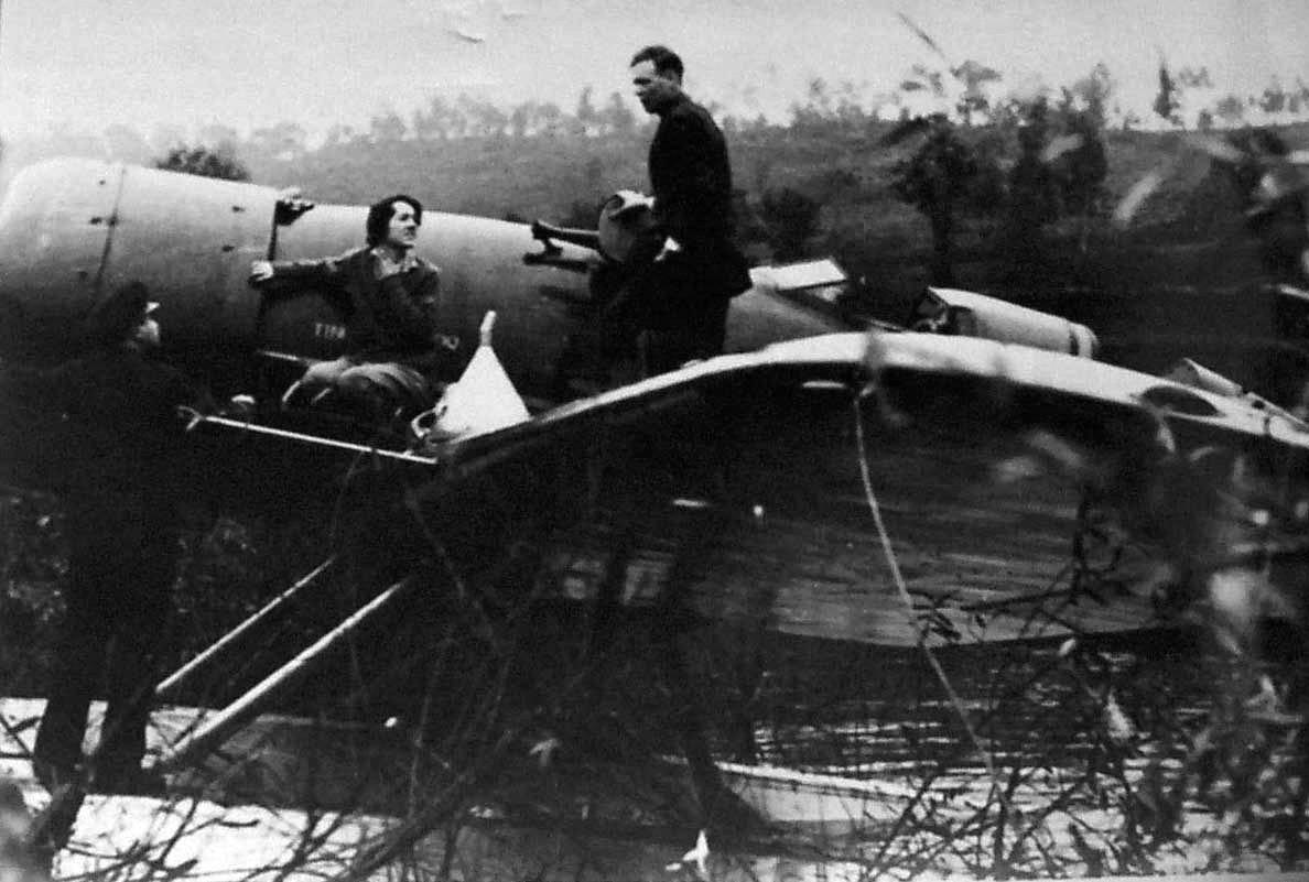 O casal Charles Lindberg e Anne Morrow no rio Minho