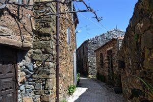 A recuperação de casas trouxe gente à aldeia